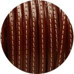 Cuir plat 5mm marron soutenu couture blanche vendu au metre
