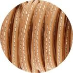 Cuir plat 5mm marron safari couture blanche vendu au mètre